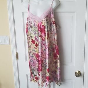 Gilligan O'Malley Floral Nightie Gown PJ Gorg!!!